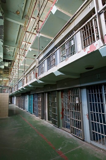 The West Virginia Penitentiary, constructed in 1866 and closed in 1995 after a court ruled that the prison´s 5x7_foot cells were cruel and unusual punishment, Moundsville, West Virginia, USA : Stock Photo