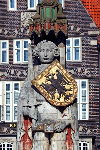 Stock Photo: 1848-251989 Bremer Roland statue on the market square in the old town of Bremen, UNESCO World Heritage Site, landmark, Free Hanseatic City of Bremen, Germany, Europe