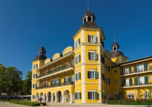 Velden Palace, Palace on Lake Woerthersee, in Velden, Carinthia, Austria, Europe : Stock Photo