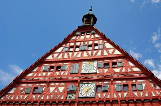 Half_timbered gable of the historial town hall of Grossbottwar with clock, sun dial and stork as heraldic animal, Grossbottwar, Baden_Wuerttemberg, Germany, Europe : Stock Photo