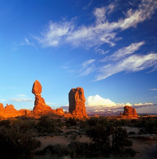 Stock Photo: 1848-255060 Balanced Rock, Arches National Park, Utah, USA