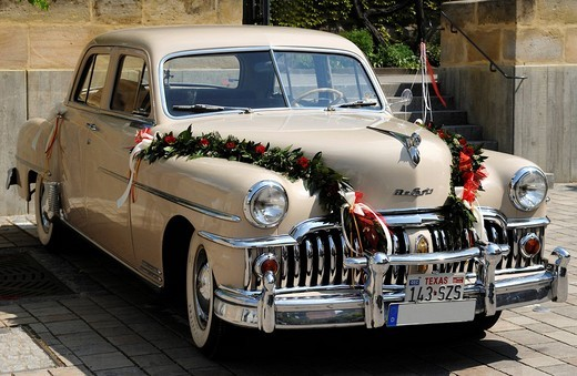 Chrysler DeSoto Custom 4 door sedan, 1949, decorated as a wedding car, Eckental, Middle Franconia, Bavaria, Germany, Europe : Stock Photo