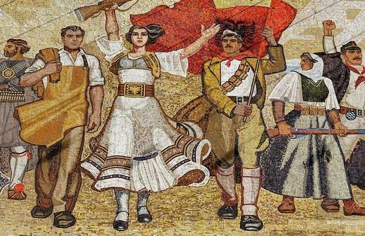 Socialist propaganda and hero mosaic on the National Museum, Skanderbeg Platz, Tirana, Albanien, Europa : Stock Photo