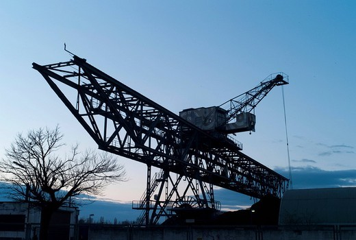 Coal excavator, energy supplier for the combined heat and power plant of the Offenbacher Energieversorger EVO, Offenbach port, Offenbach, Hesse, Germany, Europe : Stock Photo