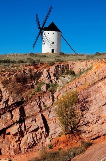 Windmill on the Cerro de San Antón near Alcázar de San Juan, Castilla_La Mancha Region, Spain : Stock Photo