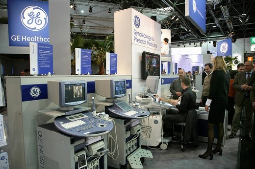 GE General Electric Healthcare´s stand at Medica 2007, world´s biggest trade show for medical equipment and technologies, Duesseldorf, North Rhine_Westphalia, Germany, Europe : Stock Photo