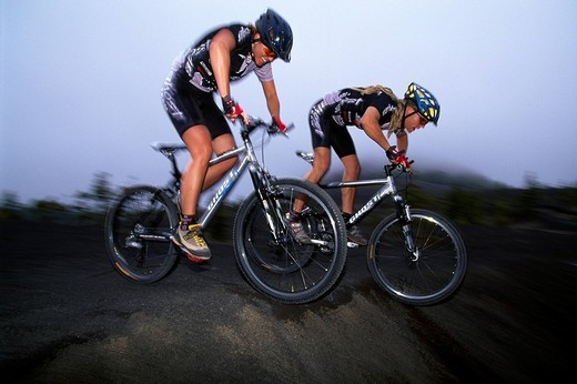 Mountain bikers, Montana Quemada, La Palma, Canary Islands, Spain : Stock Photo