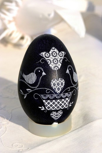 Easter egg decorated with traditional Hessian lace embroidery designs : Stock Photo