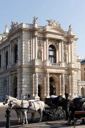 Stock Photo: 1848-32807 Carriage in front of the Burgtheater, Vienna, Austria, Europe