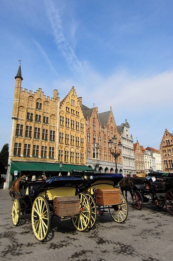 Carriages in the Markt, market square, Brugge, West Flanders, Belgium, Europe : Stock Photo