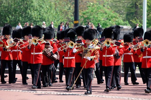 Royal Guard in front of Buckingham Palace, London, England, Great Britain, Europe : Stock Photo