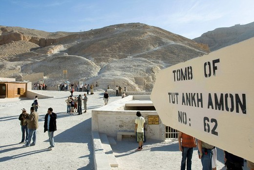 Sign to the entrance of a tomb, Valley of the Kings, West Bank, Luxor, Nile Valley, Egypt, Africa : Stock Photo