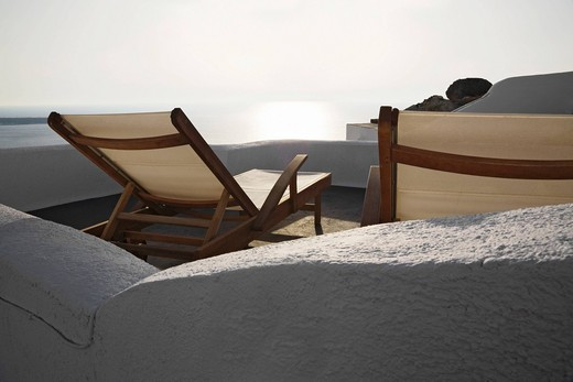 Stock Photo: 1848-401374 Sunloungers standing on a terrace, Oia, Santorini, Cyclades, Greece, Europe