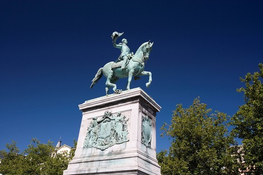 Stock Photo: 1848-402176 Place Guillaume II square with equestrian statue of Wilhelm II in Luxembourg City, Luxembourg, Europe