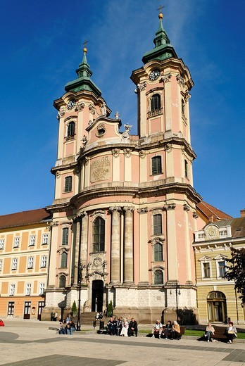 Baroque Minorite or Friar Minor church in the town square of Eger, Heves, Hungary, Europe : Stock Photo