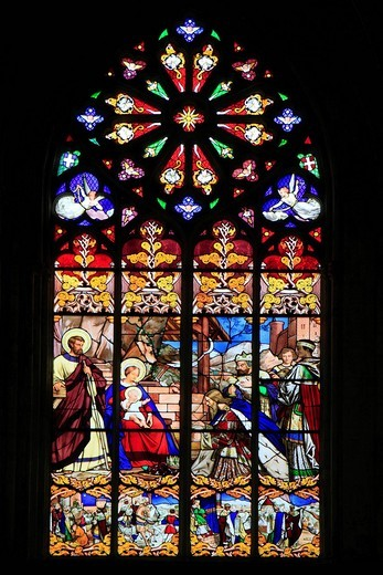 Stained glass window, Cathedral of Saint_Gatien, Tours, Inde_et_Loire, Région Centre, France, Europe : Stock Photo