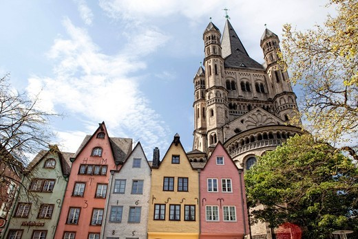 Houses in the old town with the church Gross St. Martin, Cologne, North Rhine_Westphalia, Germany, Europe : Stock Photo