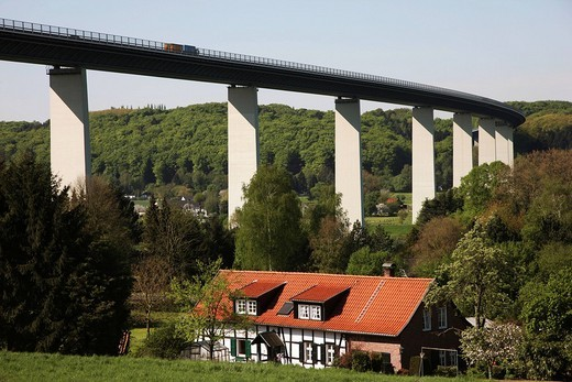 Ruhrtalbruecke, Ruhr valley bridge of the motorway A52 between Essen and Duesseldorf, crossing the Ruhr valley near Muehlheim_Mintard, 1800 meters long, highest section 65 meters, construction completed in 1966, North Rhine_Westphalia, Germany, Europe : Stock Photo