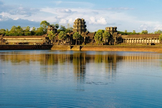 Stock Photo: 1848-404836 Angkor Wat Gate with water, Angkor Wat complex, Siem Reap, Cambodia, Southeast Asia, Asia