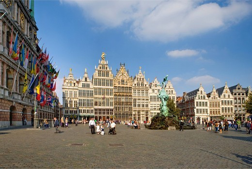 Guild houses and Silvius Brabo fountain with the city hall on the Grote Markt square, Antwerp, Flanders, Belgium, Europe : Stock Photo