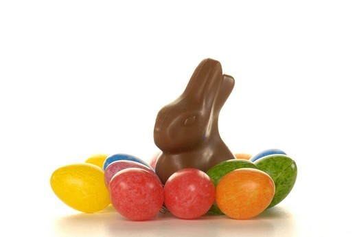 Stock Photo: 1848-406704 Chocolate Easter bunny and Easter eggs