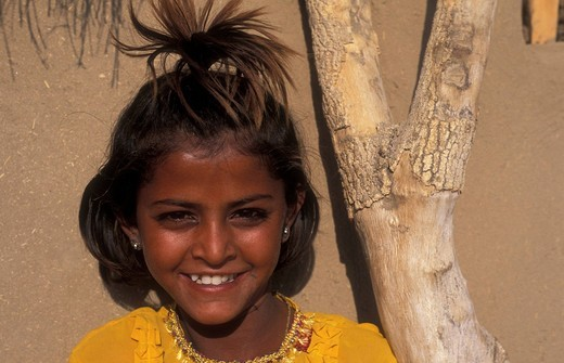Stock Photo: 1848-407655 Portrait, girl in Khuri village, Thar desert, Rajasthan, India, Asia