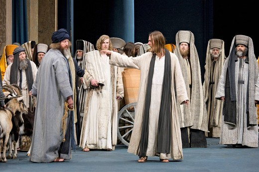 The high priests and scribes are observing the expulsion of the temple merchants, Passion Play 2010, Oberammergau, Bavaria, Germany, Europe : Stock Photo