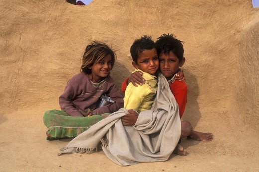 Children in front of a home, Thar Desert, Rajasthan, India, Asia : Stock Photo