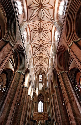 Gothic Basilica of St. Nicolai, look into the starry vault, old town, Lueneburg, Lower Saxony, Germany, Europe : Stock Photo