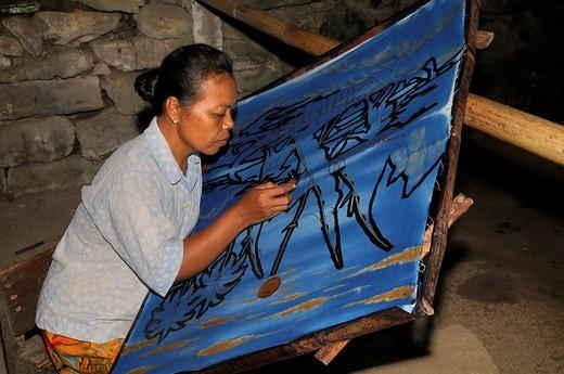 Stock Photo: 1848-409859 Worker in a batik manufacture near Jogyakarta, Central Java, Indonesia, Southeast Asia, Asia