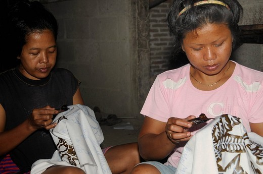 Stock Photo: 1848-409861 Workers in a batik manufacture near Jogyakarta, Central Java, Indonesia, Southeast Asia, Asia