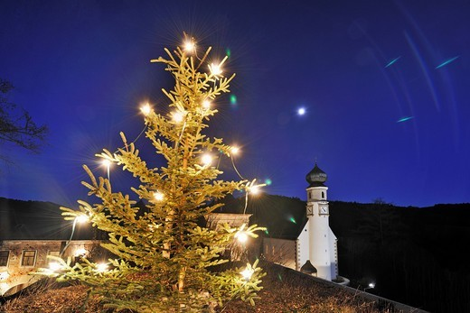 Christmas market at Neuhaus Castle, Weissenbach, Triesting Valley, Lower Austria, Austria, Europe : Stock Photo