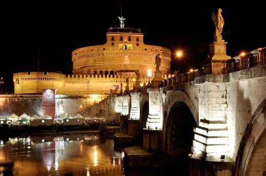 Ponte Sant´Angelo, Bridge of Angels, Castel Sant´Angelo, Castle of Angels, Rome, Lazio, Italy, Europe : Stock Photo