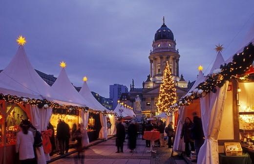 Stock Photo: 1848-411810 The Magic of Christmas, Christmas market on Gendarmenmarkt square, Schauspielhaus theatre, Deutscher Dom cathedral, Mitte district, Berlin, Germany, Europe