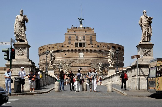 Statues of the apostles Peter and Paul, Ponte Sant´Angelo, Bridge of Angels, Castel Sant´Angelo, Castle of Angels, Rome, Lazio, Italy, Europe : Stock Photo