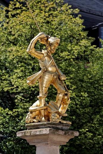 Golden statue of St. George on the Marktbrunnen market fountain, market place, Eisenach, Thuringia, Germany, Europe : Stock Photo
