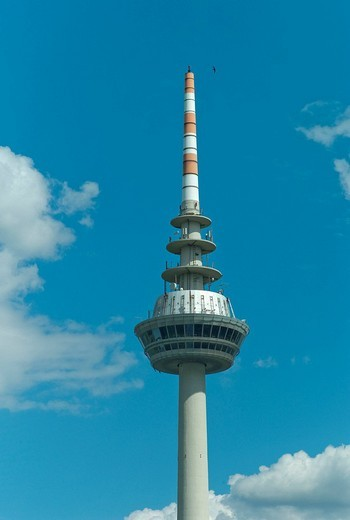 Stock Photo: 1848-41413 Telecommunications tower, 212.8 m, modern landmark of the city of Mannheim, Baden_Wuerttemberg, Germany, Europe