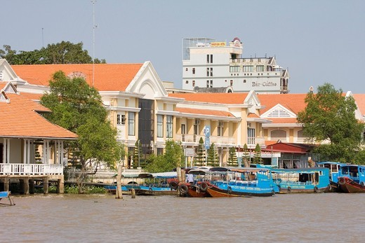 Excursion boats in the port of Cai Be, on the Mekong River, Mekong Delta, Vietnam, Asia : Stock Photo