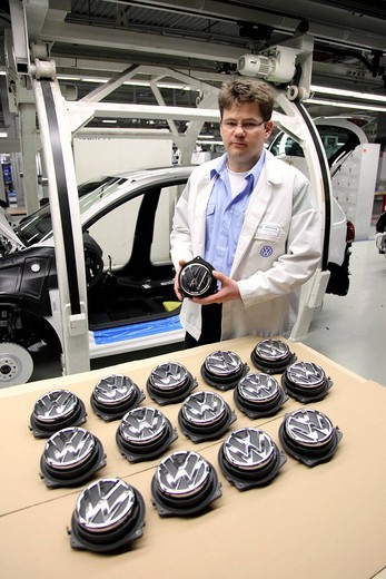 Volkswagen AG, production of passenger cars in the Wolfsburg plant, Wolfsburg, Lower Saxony, Germany, Europe : Stock Photo
