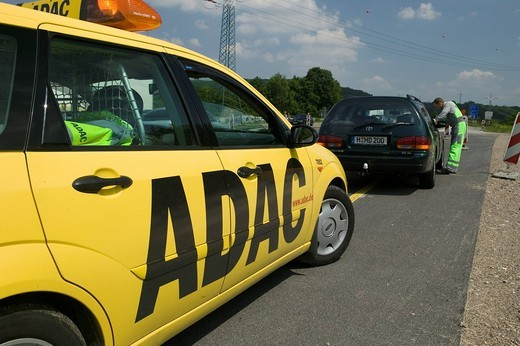 Stock Photo: 1848-416415 ADAC, the German automotive society, in action on the highway at a construction site, AA, AAA, RAC, Germany, Europe