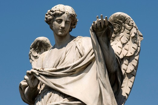 Angel statue on the Ponte Sant´Angelo bridge, Rome, Italy, Europe : Stock Photo