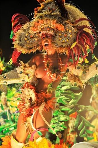 Stock Photo: 1848-419728 Dancer, topless, Imperatriz Leopoldinense samba school at the Carnaval in Rio de Janeiro 2010, Brazil, South America