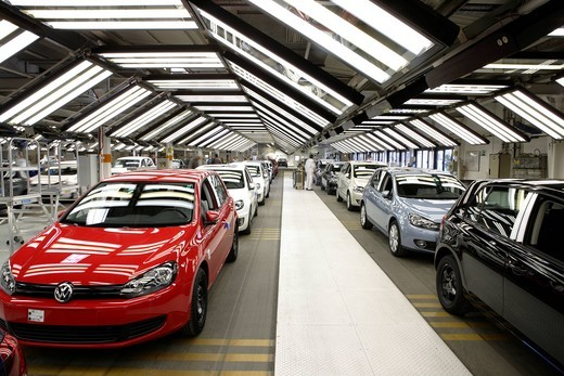 Golf car production, VW plant in Wolfsburg, Lower Saxony, Germany, Europe : Stock Photo