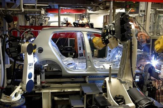 Golf car production, VW plant in Wolfsburg, Lower Saxony, Germany, Europe : Stock Photo