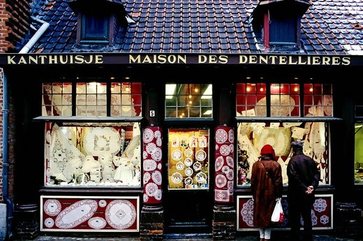 Window of a Brussels lace shop, illuminated, Bruges, West Flanders, Belgium, Europe : Stock Photo