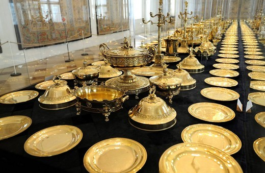 Gilt table ware of King Max I. Josef, Muenchner Residenz royal palace, home of the Wittelsbach regents until 1918, Munich, Bavaria, Germany, Europe : Stock Photo