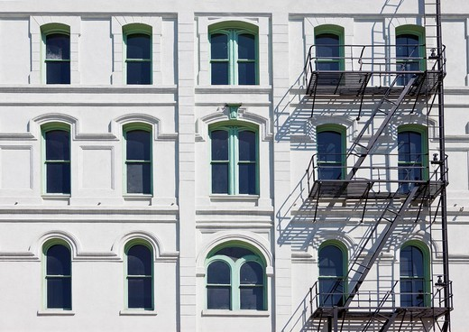 Stock Photo: 1848-423164 Typical fire escape stairs at a house in Portland, Oregon, USA