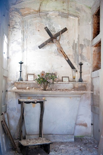 Abandoned chapel, La Recoleta Cemetery in Buenos Aires, Argentina, South America : Stock Photo