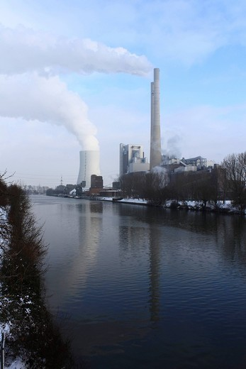 Stock Photo: 1848-424611 The black coal_fired power plant, Heilbronn on the Neckar river, Baden_Wuerttemberg, Germany, Europe