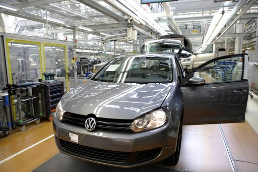 Stock Photo: 1848-425057 Golf car production, VW plant in Wolfsburg, Lower Saxony, Germany, Europe